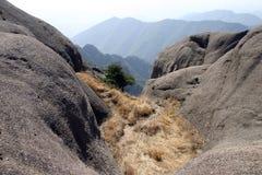 W górach leżanki trawa Zdjęcie Royalty Free