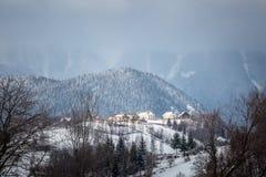 W górach wioska fotografia royalty free