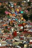 W Guanajuato kolorowi domy obrazy stock