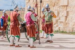 W Guardia paradzie przy St Jonh kawalerami w Birgu, Malta Zdjęcie Royalty Free