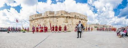 W Guardia paradzie przy St Jonh&-x27; s kawalery w Birgu, Malta Obrazy Royalty Free