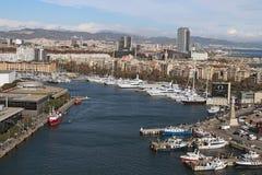 w Hiszpanii STYCZEŃ 02, 2016 Port Barcelona widok z lotu ptaka w pogodnym zima dniu Zdjęcia Stock