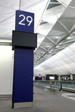 W Hong Kong Lotnisku TARGET550_1_ Brama Fotografia Stock