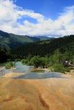 W Huanglong parku żółty basen Obrazy Stock