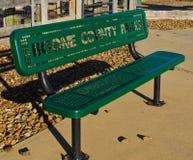 W jesień parkowa ławka Obrazy Stock