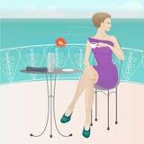 W kawiarni dziewczyna Zdjęcie Royalty Free