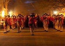 W Kolonialnym Williamsburg marszowi żołnierze Fotografia Royalty Free