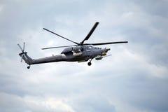 W locie bojowy helikopter Zdjęcie Stock