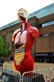 W Londyn Damien rzeźba Hirst fotografia royalty free