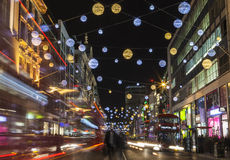 W Londyn oksfordzcy Uliczni Bożonarodzeniowe Światła Zdjęcie Royalty Free