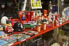 W Londyn sklepowy pamiątki okno Fotografia Royalty Free