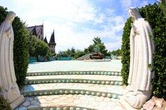 W miłości z wiatrem kasztel Ravadinovo, Bułgaria - Obrazy Royalty Free