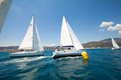 W Morzu Śródziemnomorskim żeglowania regatta Obraz Royalty Free