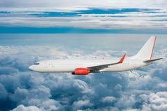 W niebie samolotowy latanie obrazy stock