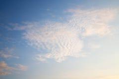w niebie światowy chmurny cloudscape Obraz Royalty Free