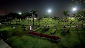W nocy Inya parku, Yangon, Myanmar zbiory wideo
