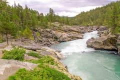 W Norwegia halna rzeka obraz royalty free