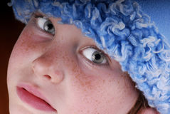w obliczu dziewczyny piega kapelusz zdjęcia royalty free