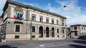 W?och bergamo Widok fasada bank włoch w centrum miasta zdjęcie royalty free