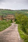 Włochy Dom wiejski i Miejscowy Droga Zdjęcia Royalty Free