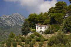 Włochy domu styl w krajobrazie Zdjęcia Stock