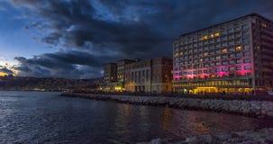 Włochy, Naples, 02,01,2018 nocy miasto i embankm widok Obrazy Royalty Free