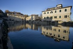 Włochy, Tuscany, Val d ` Orcia, San Quirico d ` Orcia, Bagno Vignoni, Obrazy Royalty Free