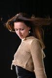 włosiany portret quivering wiatrowej kobiety Obrazy Stock