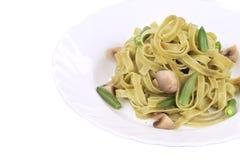 Włoski makaronu tagliatelle z pieczarkami Zdjęcie Royalty Free