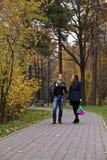 W parku miłości para fotografia royalty free