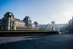 W Paryż Louvre Muzeum Zdjęcie Stock