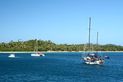 W południowej pokojowej wyspie alabastrowa plaża Zdjęcie Royalty Free