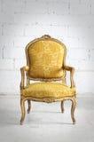 W pokoju rocznika krzesło Zdjęcie Royalty Free