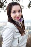 W Praga piękna młoda kobieta Fotografia Stock