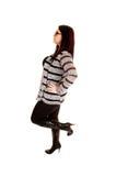 W profilu dziewczyny pozycja. Zdjęcia Stock