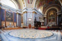 Wśrodku bazyliki St Adalbert w Esztergom Fotografia Stock