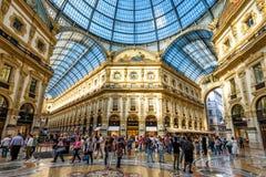 Wśrodku Galleria Vittorio Emanuele II w Mediolan Zdjęcia Stock