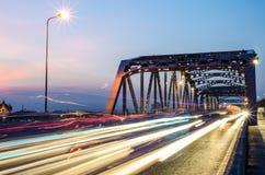 W ruch drogowy czas piękny Most Zdjęcia Stock
