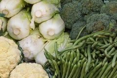 W rynku świezi warzywa Obraz Royalty Free