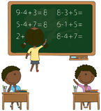 W sala lekcyjnej śliczni afroamerykańscy dzieciaki ilustracji