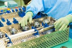 W sala operacyjnej chirurgicznie instrumenty Zdjęcie Royalty Free