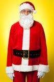 W Santa ubiorze odosobnione starzeć się męskie suknie Obraz Stock
