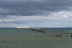 W schronieniu port Punta Arenas Zdjęcia Royalty Free