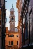 wąski uliczny Venice Zdjęcia Stock
