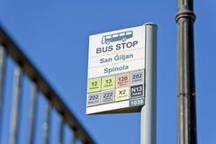 W St. Autobusowym autobusowa przerwa, Malta Obrazy Stock
