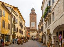 W starym mieście Castelfranco Zdjęcia Stock