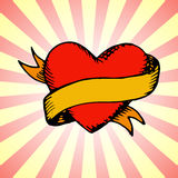 W starym stylu tatuażu serce z faborkiem Zdjęcie Stock