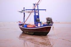 W Tajlandia rybak Łódź Zdjęcia Royalty Free