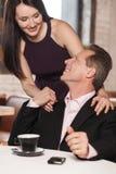 W ten sposób ładny spotykać ciebie! Szczęśliwy dorośleć pary patrzeje each inny a Fotografia Royalty Free