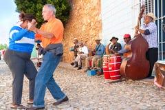 W Trinidad salsa zespół. Fotografia Stock